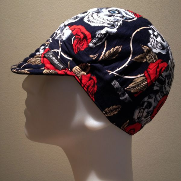 Skulls & Roses on Dark-Blue