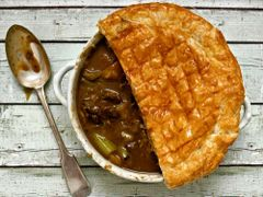 Previous Item: Sous Vide Grass-Fed Steak & Ale Pie (Steak & Kidney Available) - (Time to Cook: 30 min. / Cook by Day: Monday)