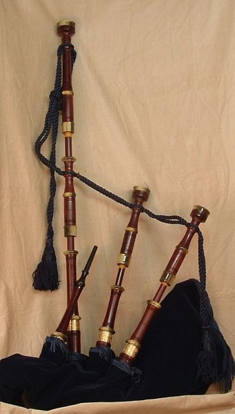 MacLellan Custom Bagpipes - Antique profile