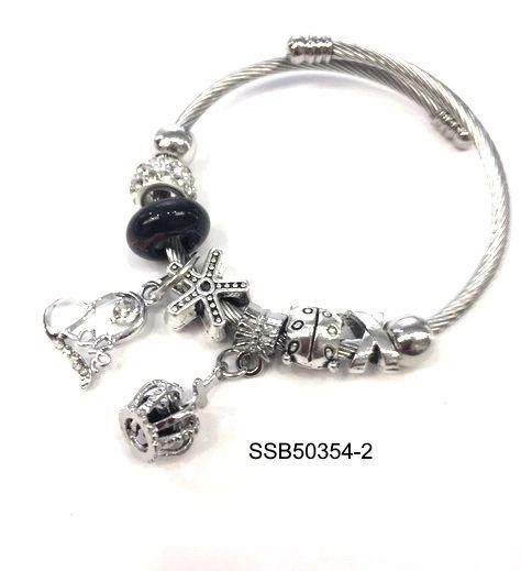 charme bracelet pandora