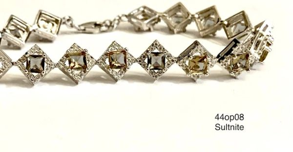 925 Sterling Silver color changing sultnite stone square shape tennis bracelete-44op08-204