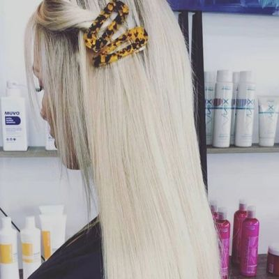 Hair Dressers Frankston, Hair Extensions Frankston, Hair extension specialists Melbourne Blonde Hair