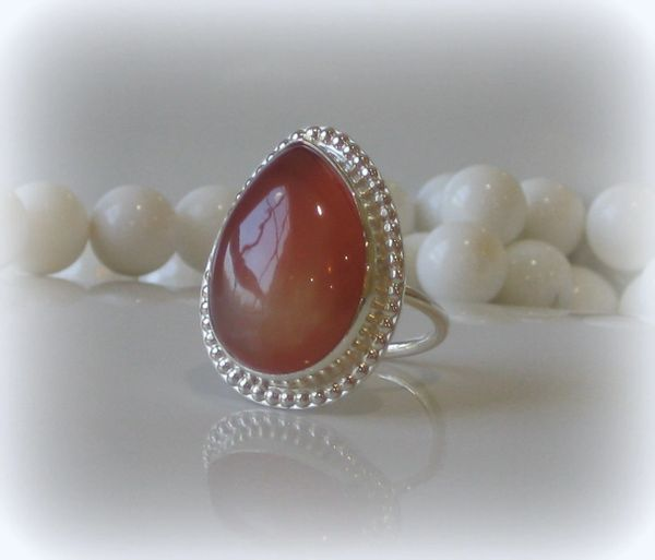 CAYENNE AGATE PEAR RING