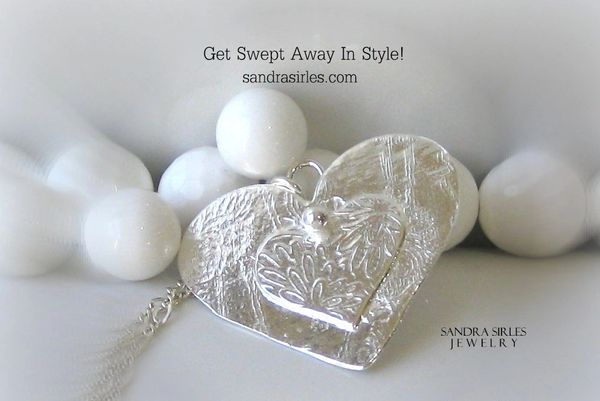 NECKLACE STERLING SILVER HEART WITH JAPANESE GARDEN DESIGN