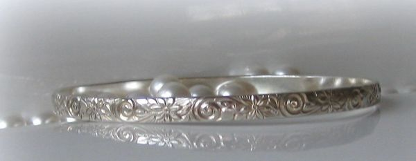 BANGLE STERLING SILVER SWIRLS FLOWERS