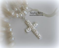 NECKLACE STERLING SILVER WITH ROSES CROSS PENDANT