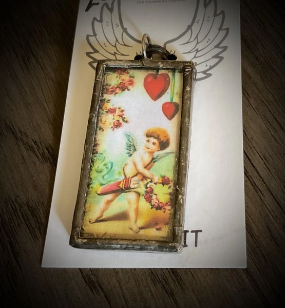 Cupid's arrow postcard pendant