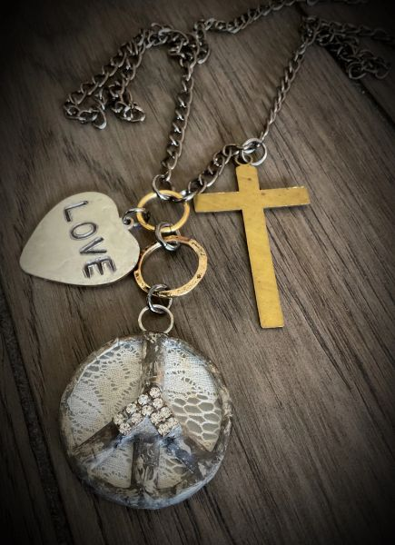 Peace love and faith necklace