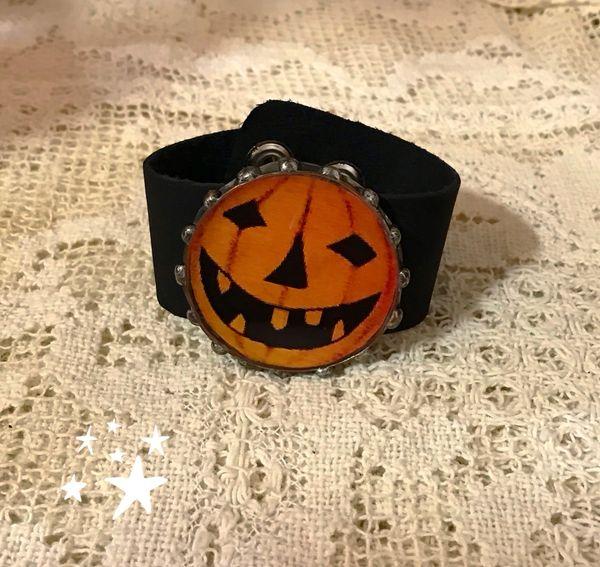 Pumpkin cuff