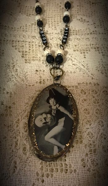 Good witch Halloween necklace