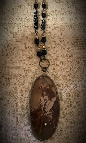 Witchy Halloween necklace