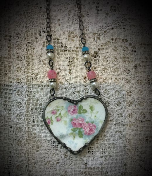 Vintage medium heart necklace