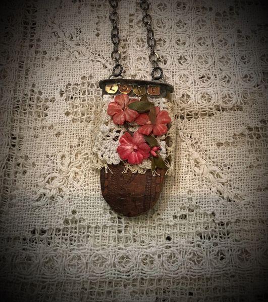 Vintage flowers LOVE NECKLACE