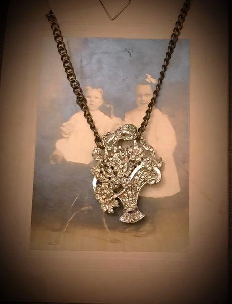 Rhinestone basket necklace