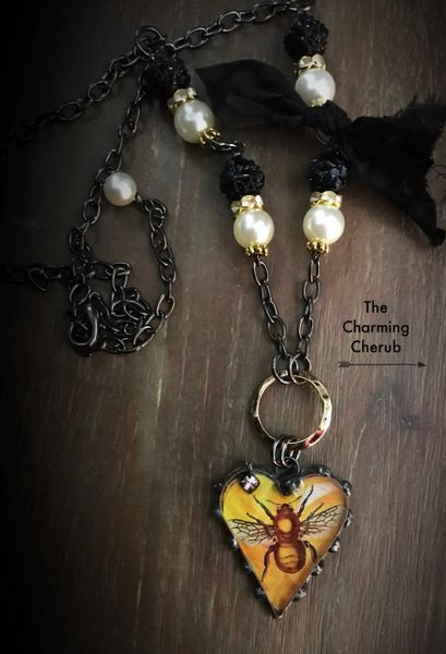 Bee necklace🐝