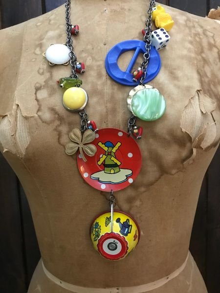 Tin teatime necklace