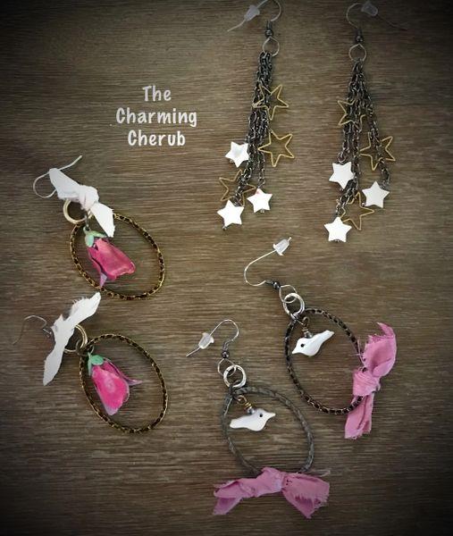 Earrings in pink