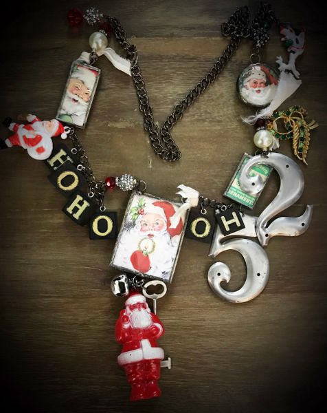 HOHoHo Santa big necklace