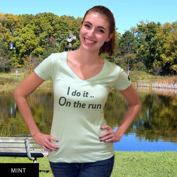 I do it On the run...DU? V-Neck T-Shirt