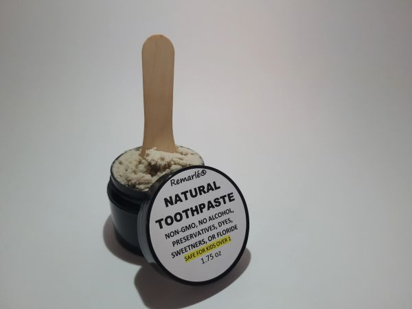 Toothpaste - NO ALCOHOL Nothing Artificial Safe for KIDS over 1