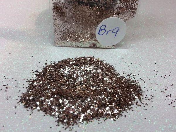 BR9 Platinum (.025) Solvent Resistant Glitter