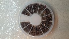 Rhinestone Wheel #8 (Brown 4 mm A/B rhinestone)