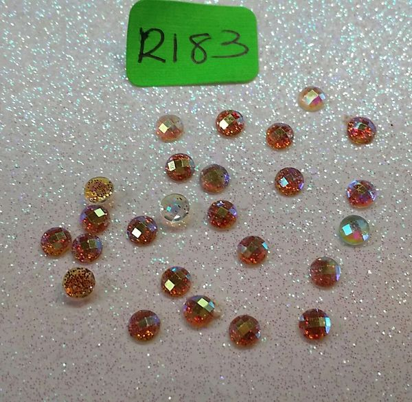 Rhinestone #R183 (3 mm gold Glitter stone)