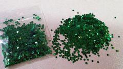 IN19 Green Metallic Dots, Glitter Insert (1.5 gr baggie)