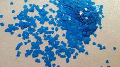 IN74 Neon Blue Heart Insert (1.5 gr baggie)