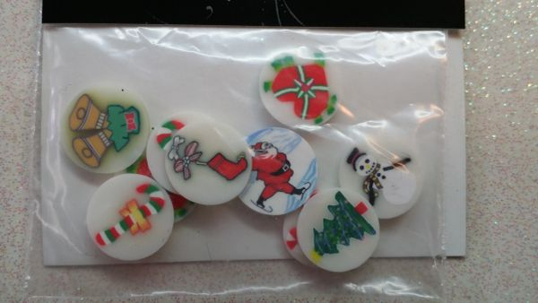 F12 Large Round Assorted Christmas Pre Sliced Femo Insert