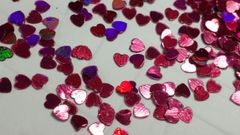 IN173 Holographic Candy Red Heart Insert (1.5 gr baggie)