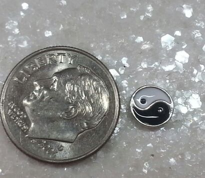 Charm #FL69- Ying Yang (1piece)(perfect for nails, or living & floating lockets)