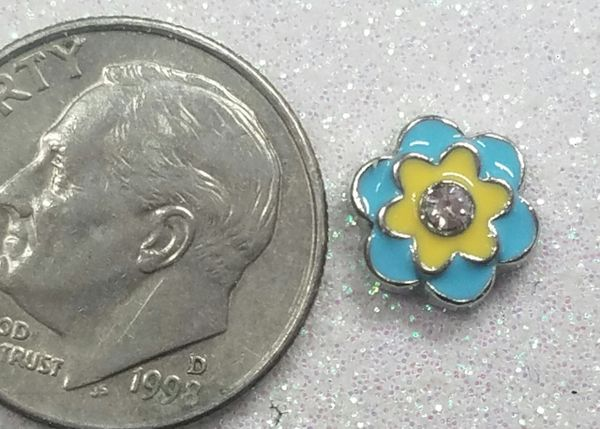 Charm #FL85 - Blue & Yellow Flower (1 piece)(perfect for nails, or living & floating lockets)