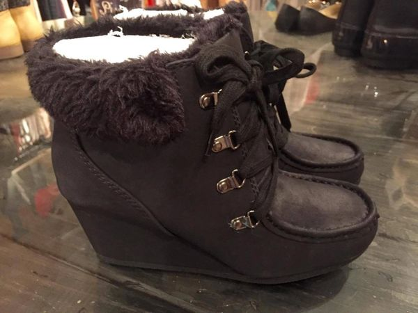 'Jami' Black Wedge with Faux Fur Lining
