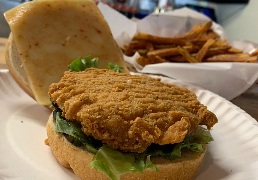 Kickin' Chicken Sandwich, chicken sandwich, Golden Flame, Golden Flame Hot Wings, food near me