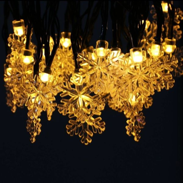 Quace Christmas Flakes Solar String Lights 6m/20ft 30 LED Water-Resistant Lights Festival Decoration String Lights for Indoor Outdoor Bedroom Patio Lawn Garden Wedding Party Decorations - Warm White