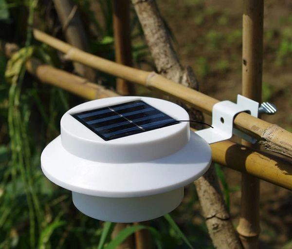 Quace Solar LED Light with Bracket - White