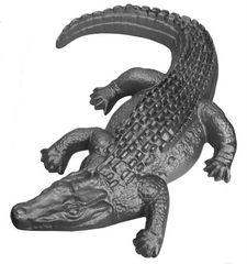 #(710) Decorative Cast Iron Alligator