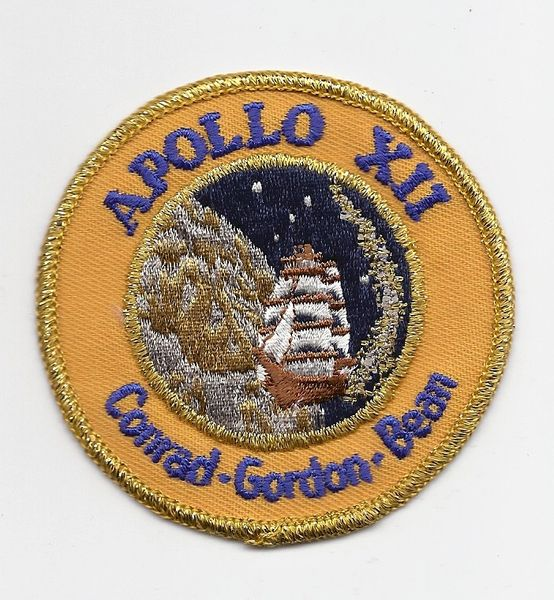 Apollo 12 patch. (Conrad, Gordon & Bean). Yellow band on patch.