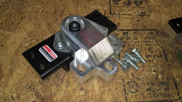 MK5 R32 Vibra-Technics Engine Mount Set