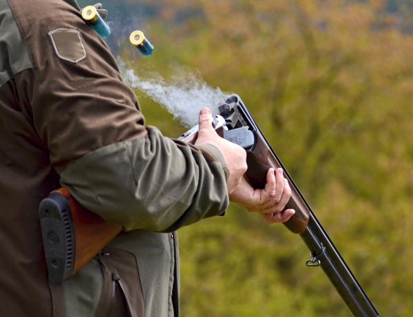 Clay Pigeon Shooting Lessons Kent & Sussex Shooting School Clay pigeon shooting vouchers