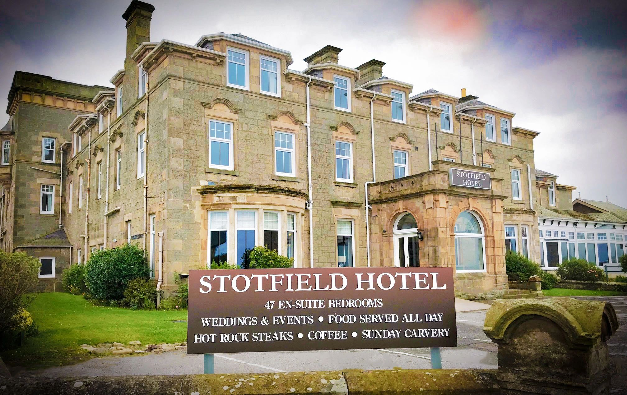 Stotfield Hotel, Exterior Image Stotfield Road Lossiemouth Moray Scotland IV31 6QS