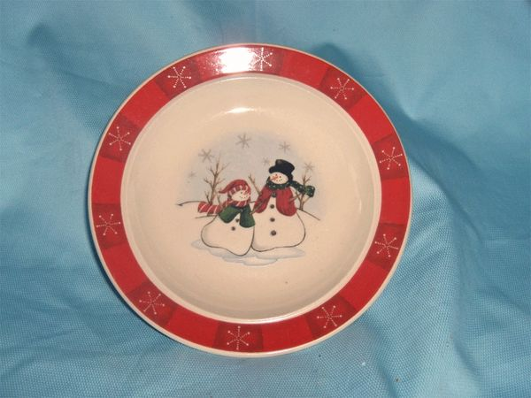 PLATES - Set of (4) Bread & Butter Plates Red Holiday Snowmen Royal Seasons RN-3