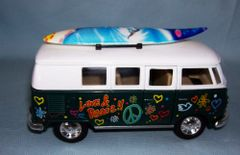 ACTION TOY - Die-cast 1962 Volkswagen Classical Bus with Surfboard KINSMART