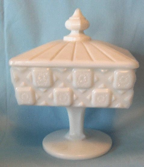 CANDY DISH - Old Quilt White Milk Glass Vintage Pedestal CANDY BOWL and Lid - Westmoreland
