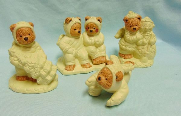 COLLECTIBLE ANGEL BEAR FIGURINES: Set (4) Brown Angel Bears Figurines in Yellow
