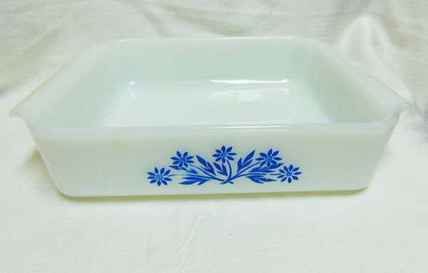 """BAKING DISHES: Pair Anchor Hocking Fire King 8"""" Square Baking dishes Blue Cornflower Design"""