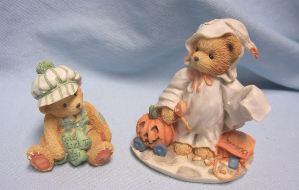 CHERISHED TEDDIES: 1994 Holiday Cherished Teddies Figures by Enesco - Stacie, Kevin