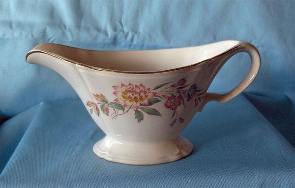 GRAVY BOAT Edwin M Knowles Semi Vitreous Vintage China Gravy Bowl USA