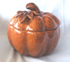 CANDY DISH: Pumpkin Shape Covered Candy Dish Perfect for Halloween or Fall Home Decor